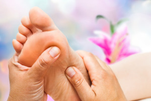 Reflexology relaxes from head to toe.